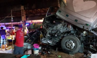 Truck ploughs into a Phitsanulok market killing one person | The Thaiger