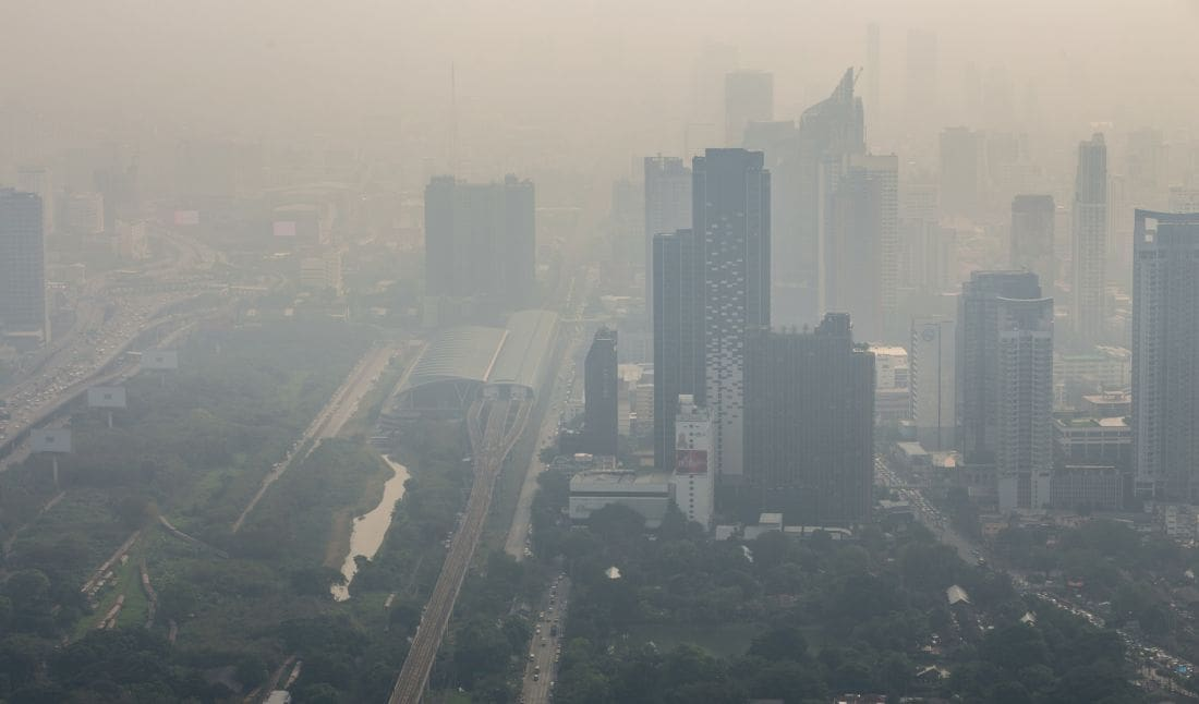 Bangkok's weather is not helping the smog problem | The Thaiger