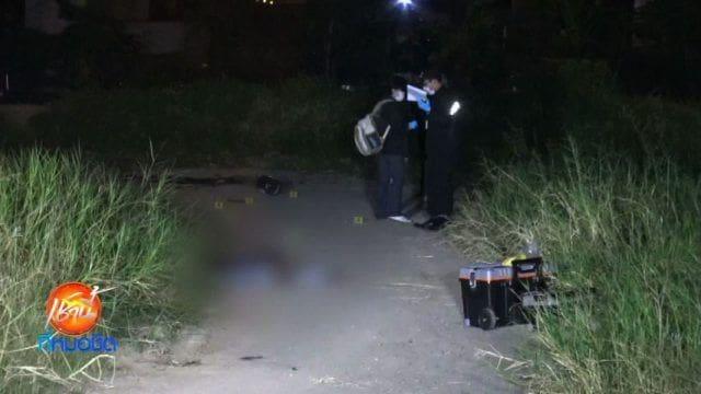 จับแล้ว! 2 โจ๋ ลวงวินจยย. ฆ่าชิงรถ แทงพรุน 25 แผล ใต้ทางด่วนอุดรรัถยา เมืองปทุม | News by The Thaiger