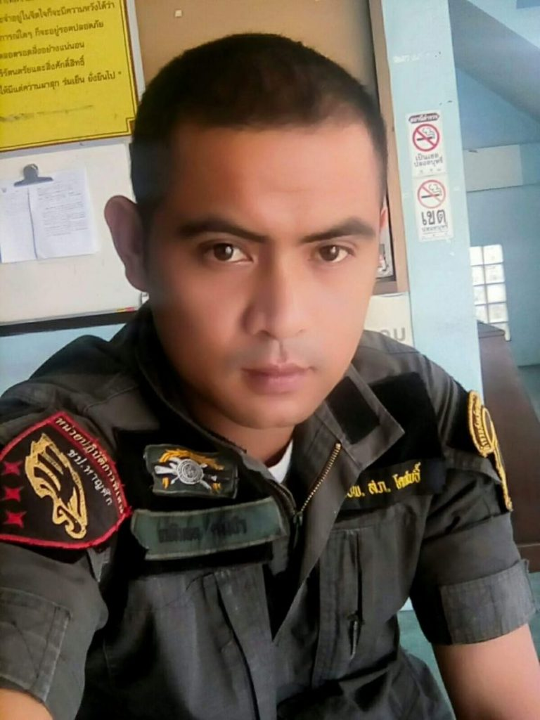 Policeman murdered in brazen Pattani 'drive by'   News by The Thaiger