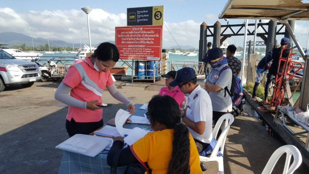 Tourists surge back to Chalong Pier and out to the islands | News by The Thaiger