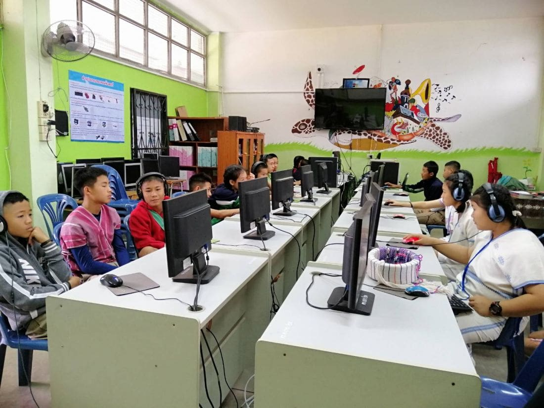 Company rolls out new computers for Chiang Mai school | The Thaiger