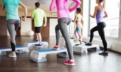 รวม 5 ท่าออกกำลังกาย เพื่อต้นขาที่กระชับเรียวสวยแบบฟิตเนสไอดอล | The Thaiger