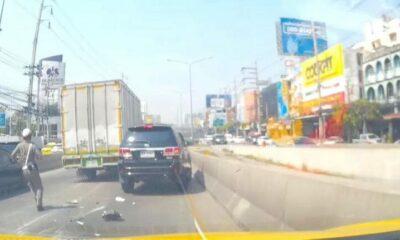 ยิงสนั่นกลางกรุง รถ 6 ล้อแหกด่าน ชนรถคันอื่นระนาว – ไฟลุกท่วม [คลิป] | The Thaiger