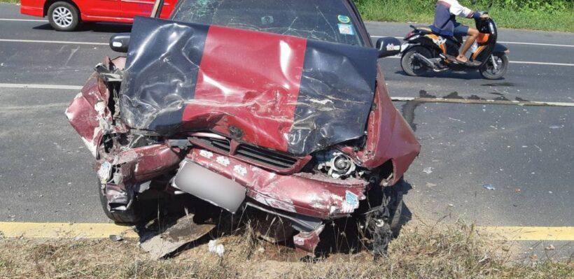 อุบัติเหตุรถกระบะชนกับรถเก๋งบริเวณจุดกลับรถห้างเอาท์เล็ตภูเก็ต ดับ 1 เจ็บ 1 | News by The Thaiger
