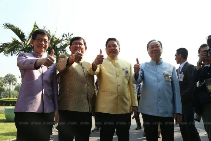 4 รัฐมนตรีพลังประชารัฐลาออกแล้ว ลั่น ต้องการสร้างบรรทัดฐานใหม่ | News by The Thaiger