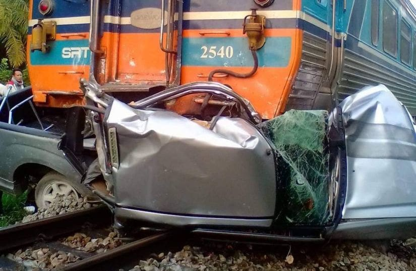 Mother and son killed after train collided with their pickup truck in Surat Thani | The Thaiger