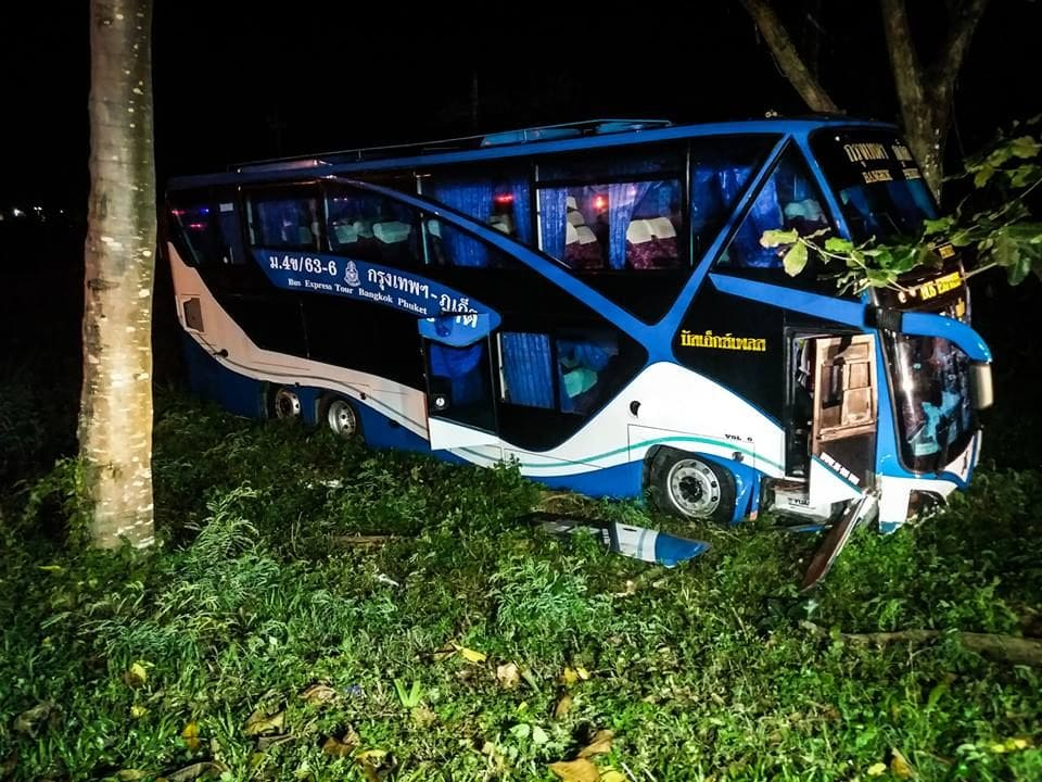 Driver charged in Chumphon tour bus accident | News by Thaiger