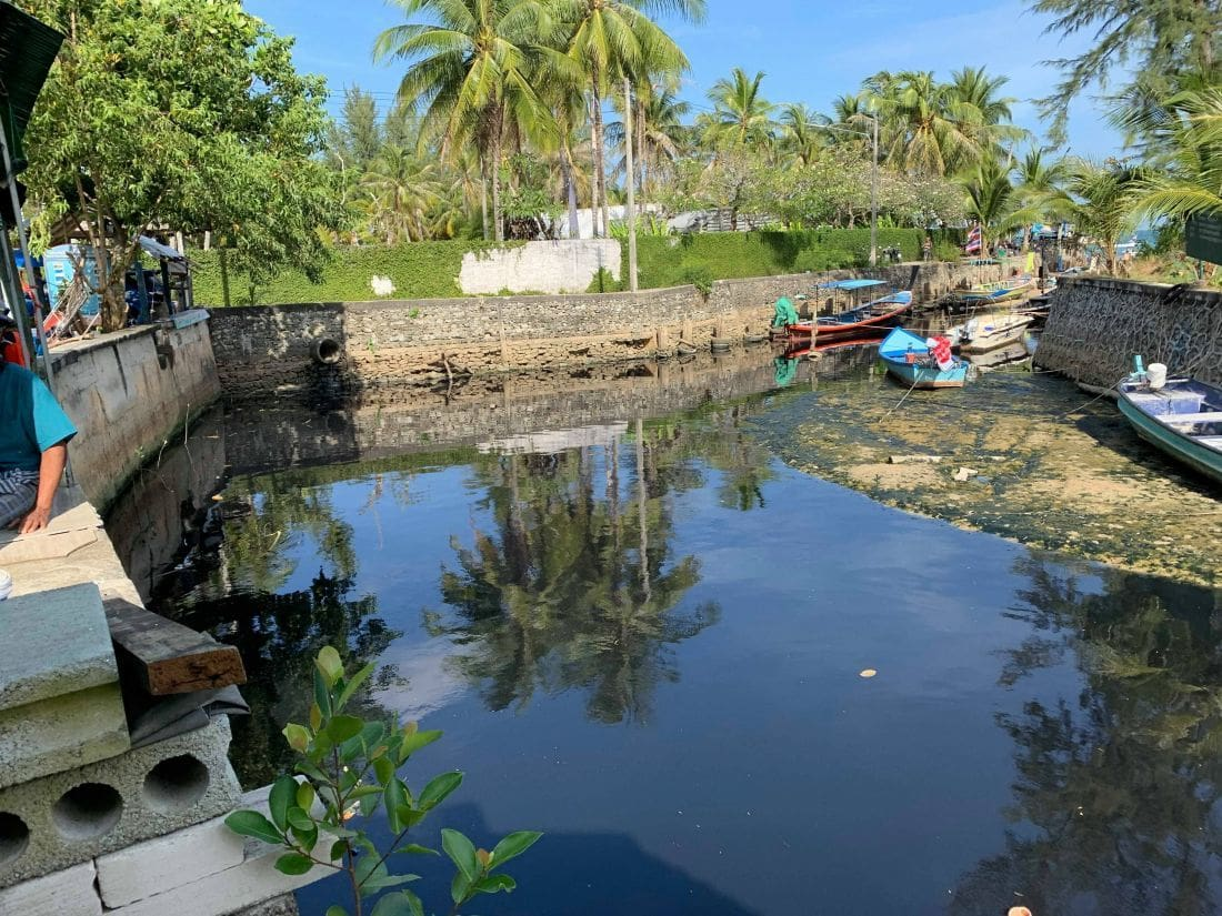Wastewater from Bang Tao Canal flowing into sea | News by The Thaiger