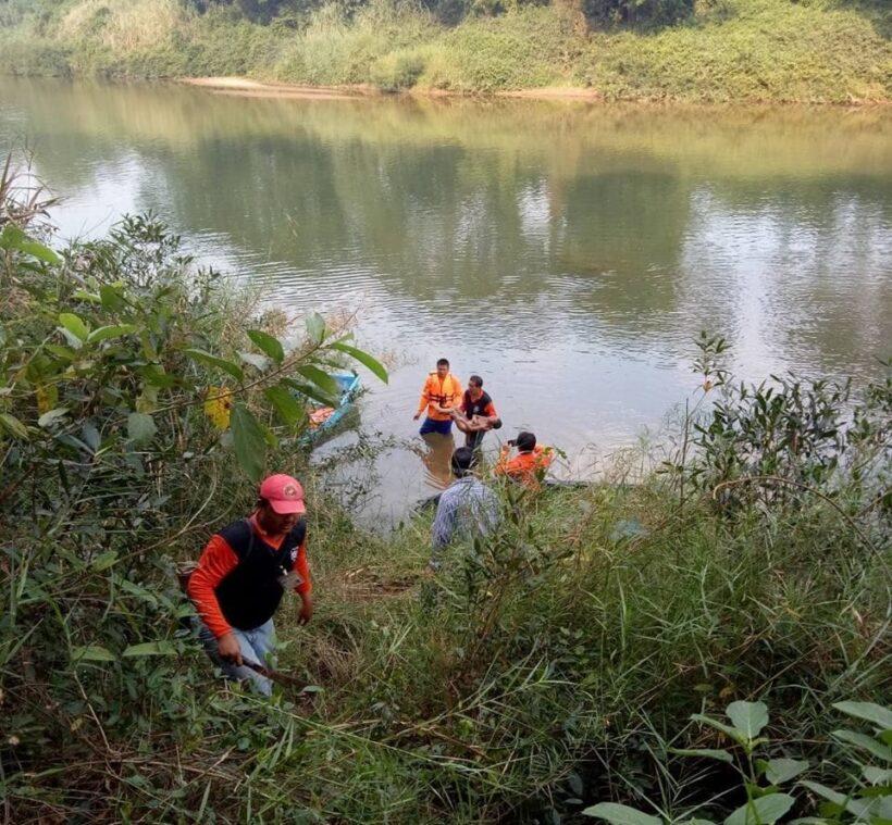 ไร้ปาฏิหาริย์ พบศพแล้ว เด็กตกแม่น้ำยม หลังโรงเรียนบ้านท่าโพธิ์ ศรีสัชนาลัย | The Thaiger