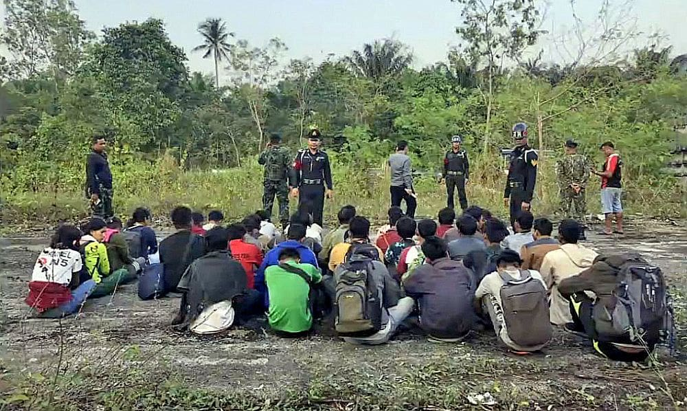 Burmese migrants, heading for Malaysia, stopped in Chumphon   The Thaiger