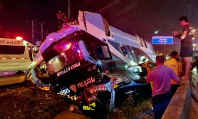 Six people, including a baby, killed in Pathum Thani bus accident | The Thaiger
