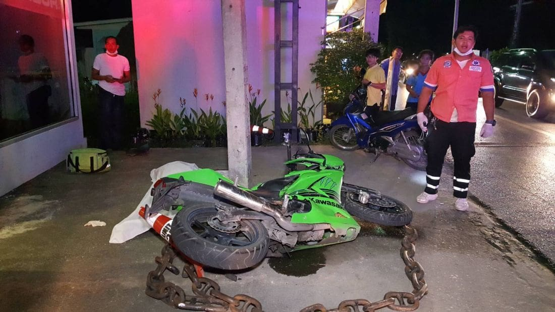 British motorbike driver dies after collision with power pole in Chalong | Thaiger