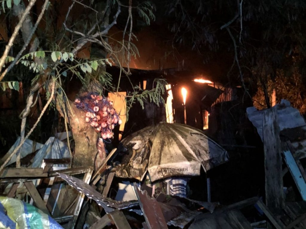 Fire destroys six houses in Wichit, Phuket   News by Thaiger