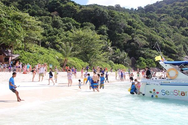 Similan National Park to be temporary closed due to tropical storm 'Pabuk' | The Thaiger