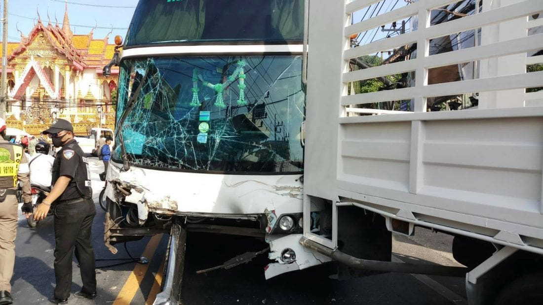 Bus crash on Patong Hill takes out 12 other vehicles, passengers in bus shaken | The Thaiger