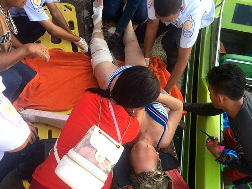 French tourist in hospital after parasailing incident at Naka Island in Phuket   The Thaiger