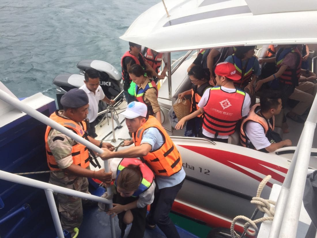 120 foreign tourists being brought back from Koh Racha – Pabuk | The Thaiger