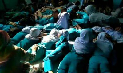 หดหู่ใจ เด็กนักเรียนหวีดร้องระงม ขณะโจรใต้จุดระเบิดชุดคุ้มครองครูปัตตานี [คลิป] | The Thaiger