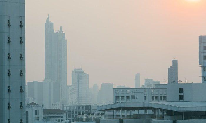 ฝุ่นละออง PM2.5 ปกคลุมกรุงเทพฯ วันนี้อยู่ในระดับปานกลาง - เริ่มมีผลกระทบ   News by The Thaiger