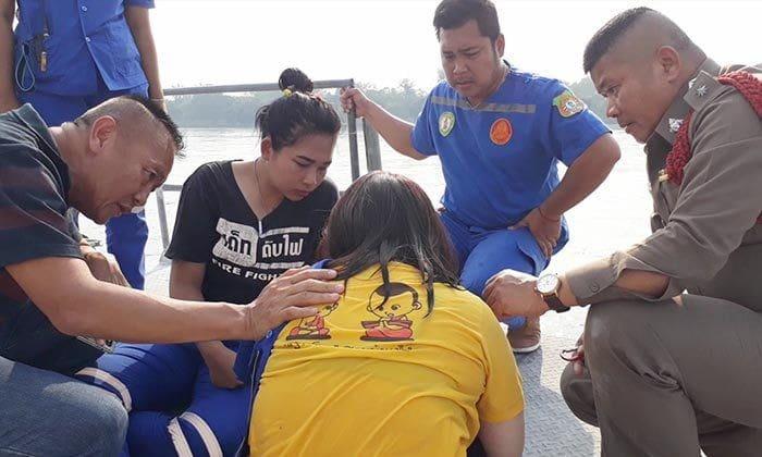 นักศึกษาสาวผิดหวังในความรัก กระโดดแม่น้ำปิงหวังฆ่าตัวตาย   News by The Thaiger