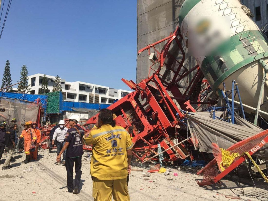Four dead and at least five injured in Bangkok crane failure | News by Thaiger