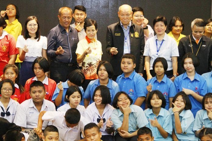 """""""Look out for, and eliminate, domestic violence"""" – Pattaya seminar   The Thaiger"""
