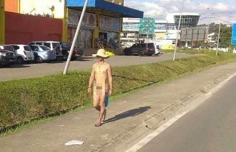 Man takes a naked stroll in Sabah, Malaysia | The Thaiger