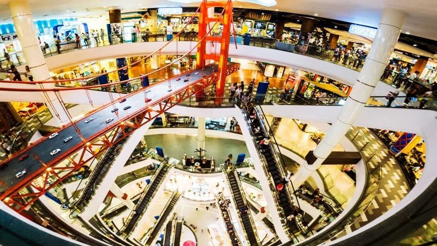 Suicide at Bangkok's Terminal 21 shopping mall as Italian man jumps from escalator | The Thaiger