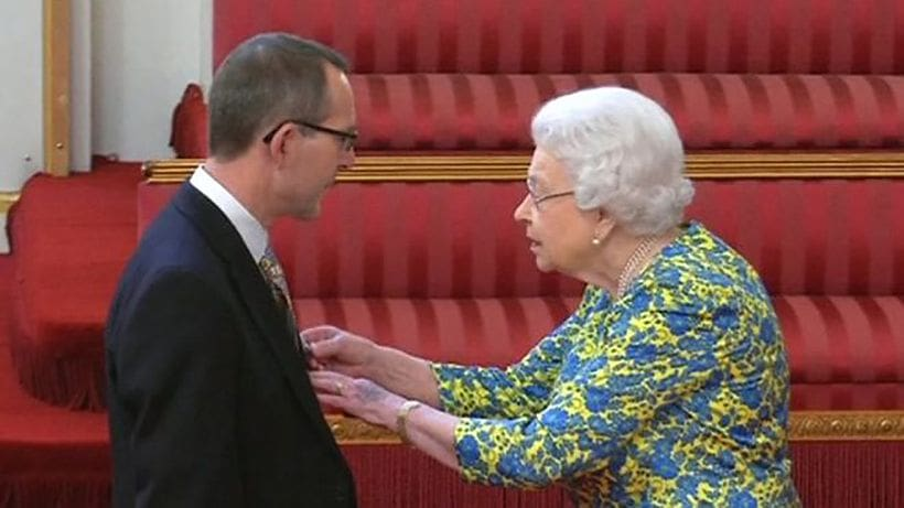 Tham Luang cave diver John Volanthen awarded medal by Queen Elizabeth | News by The Thaiger