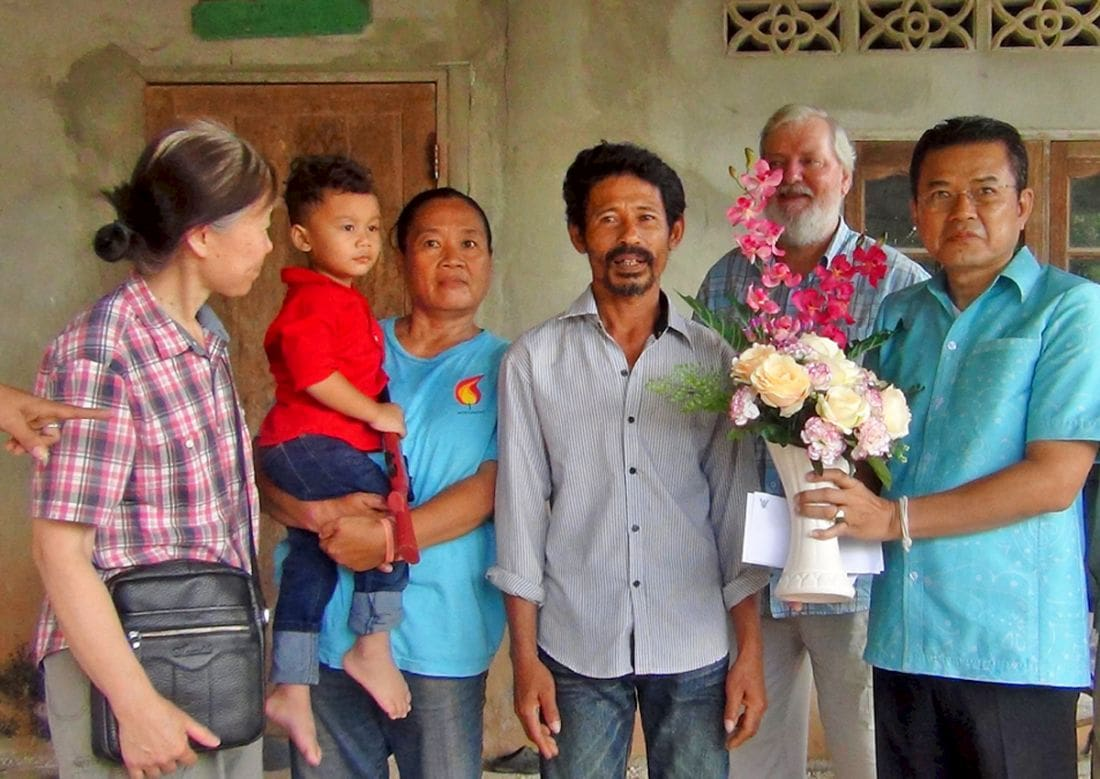 HM the King recognises Krabi 'hero' after 2015 mud rescue | The Thaiger
