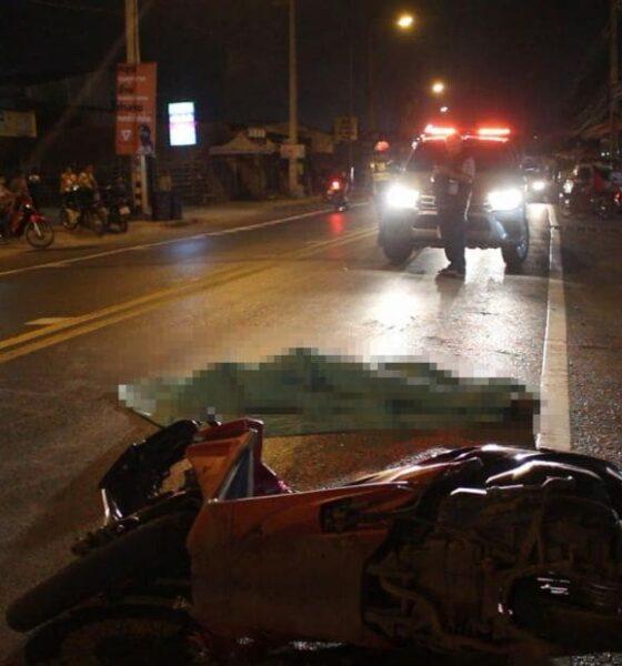 สยองเมืองอุดร จักรยานยนต์ชนรถพ่วง 18 ล้อ ถูกเหยียบสมองไหล   The Thaiger