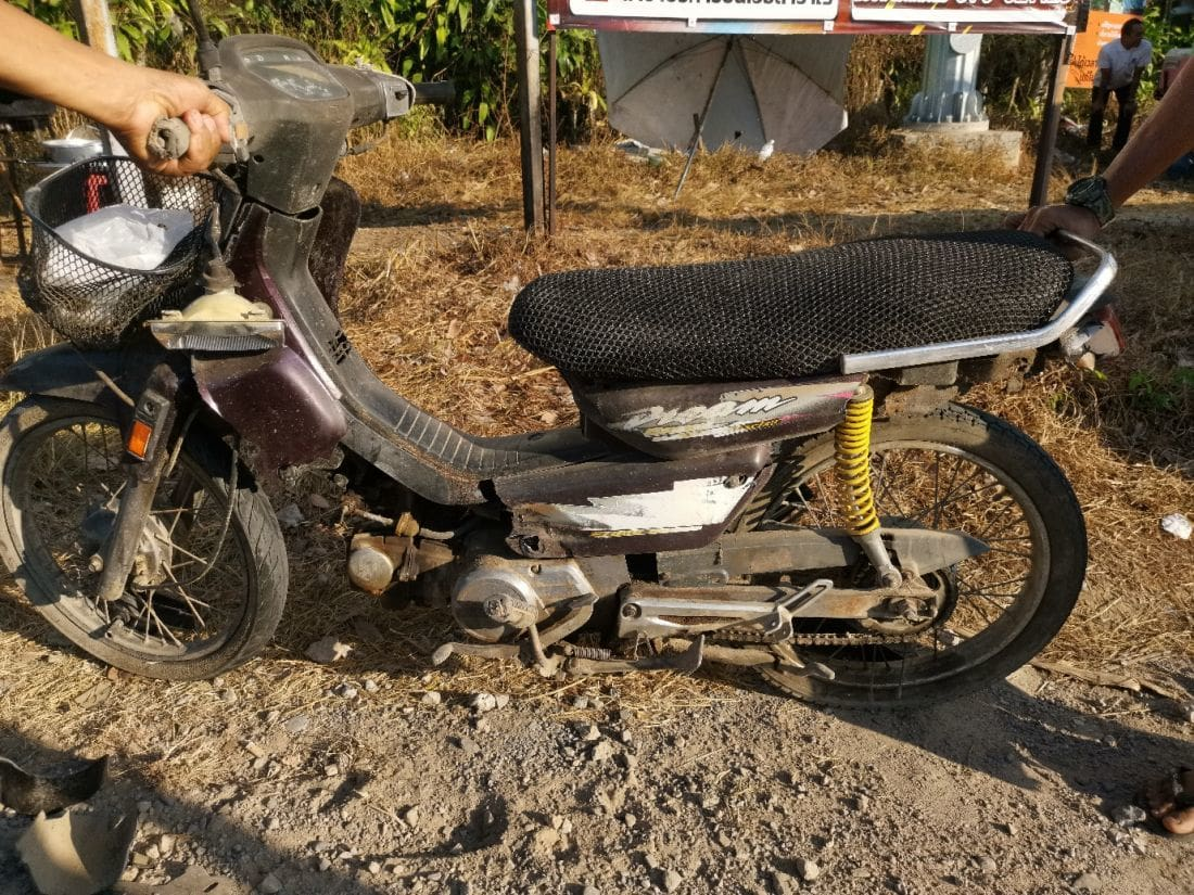 Elderly motorbike driver dies in Thalang crash | The Thaiger