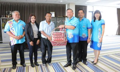 Rewards given to Thais who saved Lithuanian woman at Phuket Airport | The Thaiger