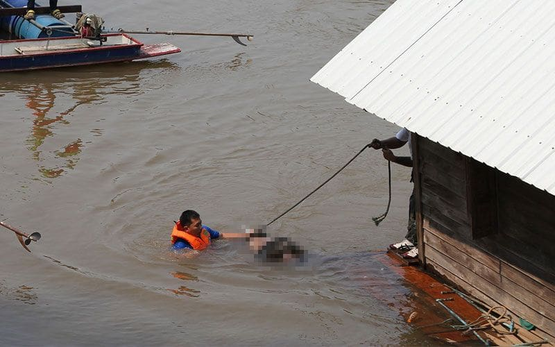 ช็อค! ทหารเกณฑ์หายจากค่าย 2 วัน พบเป็นศพลอยแม่น้ำน่าน หน้าวัดใหญ่ พิษณุโลก | The Thaiger