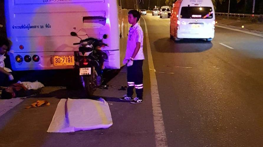 Motorbike driver dies after slamming into the back of a parked bus, Phuket | The Thaiger