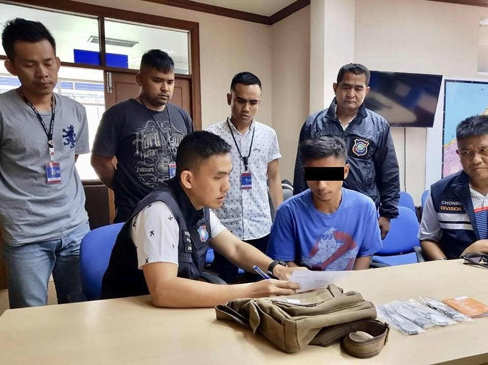 Pattaya vendor arrested for intimidating tourists in Pattaya whilst selling fake luxury watches | The Thaiger