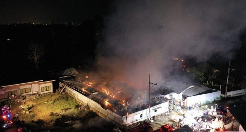 Car-polish warehouse destroyed in Pattaya blaze   The Thaiger