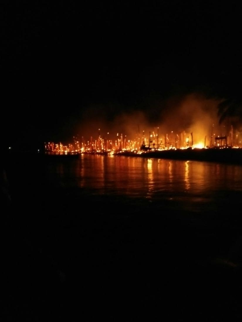 Fire destroys Moken Village in Phang Nga - VIDEO | News by The Thaiger