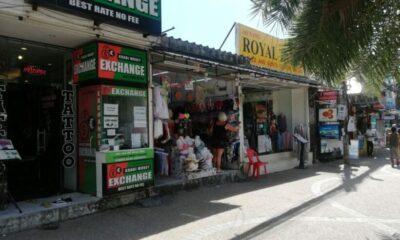 เจ้าของร้านค้าในอ่าวนางโวย นทท.ต่างชาติ ทำตัวเป็นแมวชอบขโมยของ | The Thaiger
