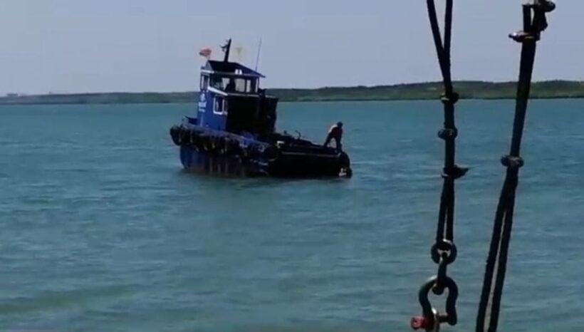 ระทึก นทท.สาวกระโดดแพข้ามฟากเกาะลันตา จนท.ช่วยปลอดภัย คาดประชดขึ้นแพไม่ทัน   News by The Thaiger