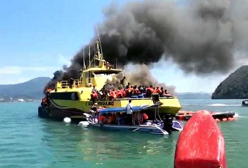 Langkawi ferry bursts into flames – passengers safe – VIDEO   The Thaiger
