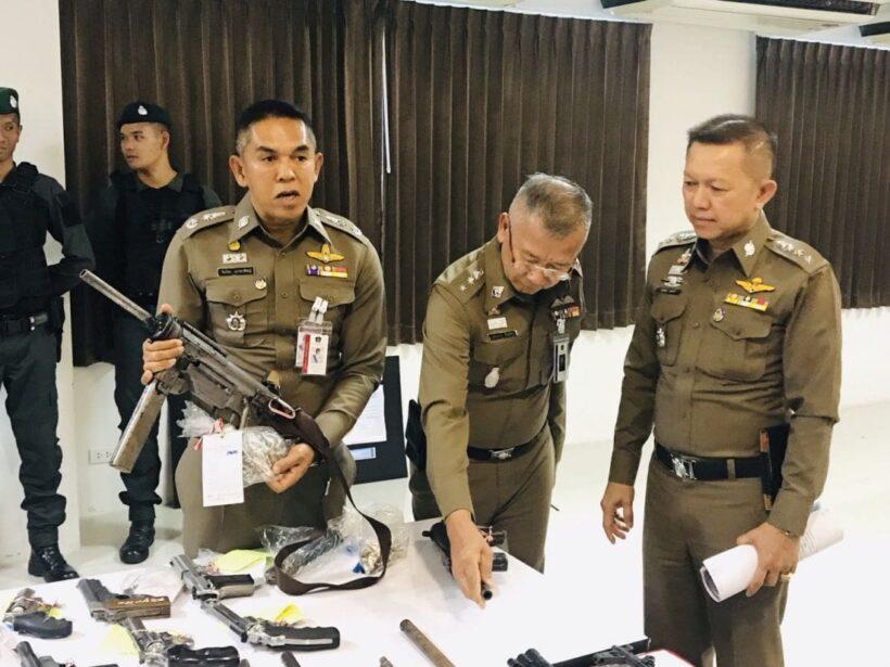 ตำรวจภูธรภาค 8 แถลงผลการระดมกวาดล้างผู้มีอิทธิพล พบอาวุธและยาเสพติดเพียบ | News by The Thaiger