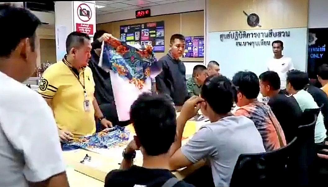 Temple revellers interrupt school exam in Bangkok | News by The Thaiger