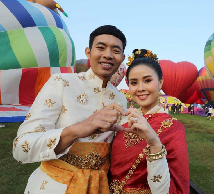 Up up and away - getting married aloft in Chiang Rai | News by The Thaiger