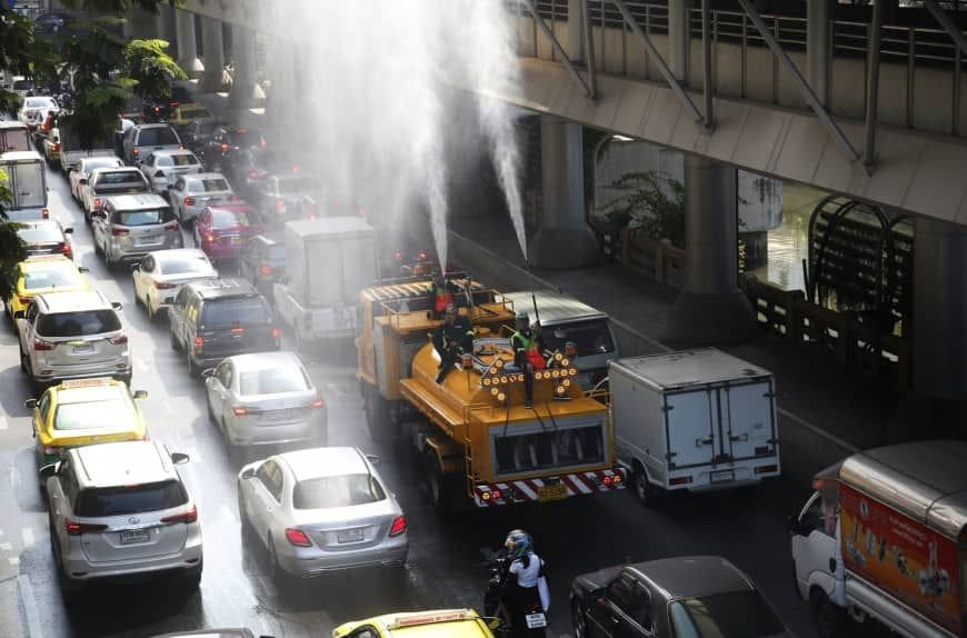 Government apologises for Bangkok air pollution and smog | News by The Thaiger