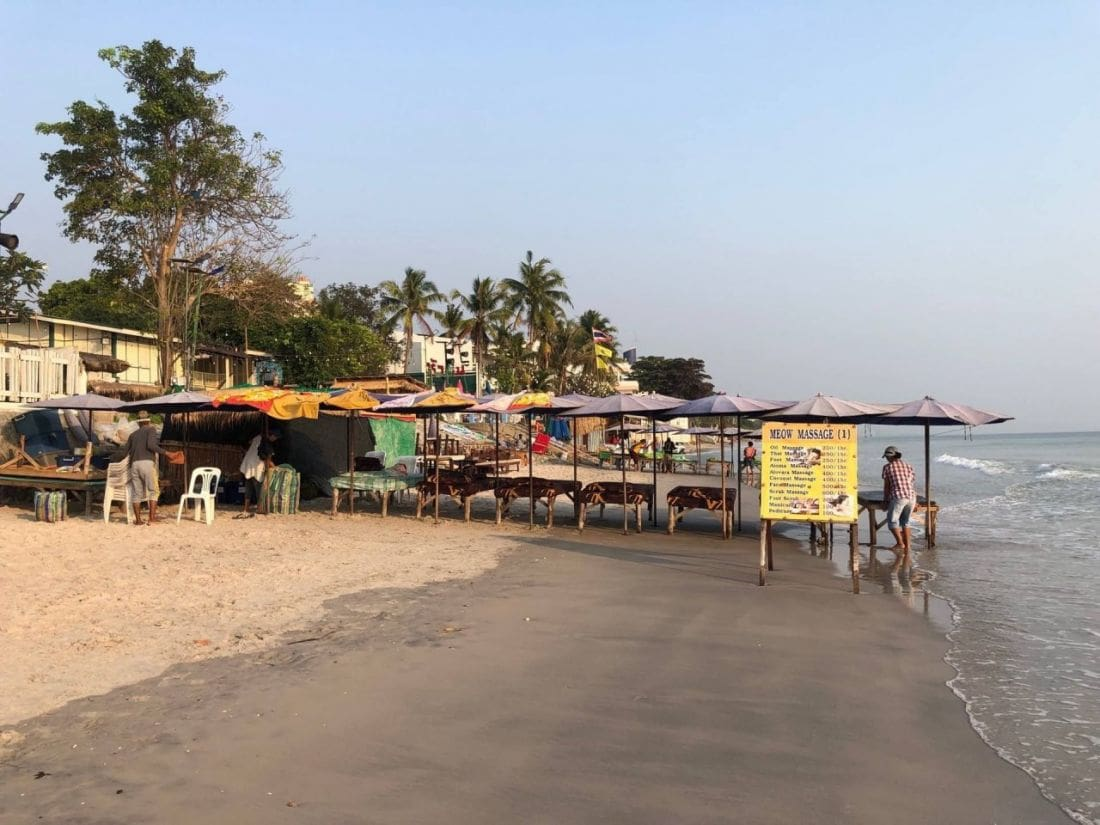 Hua Hin massage shops blocking the beach | The Thaiger