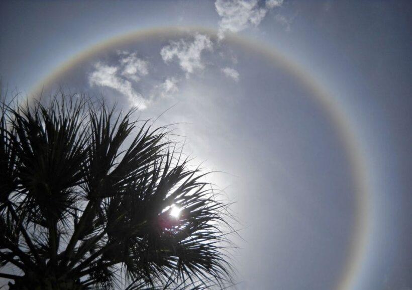 กรมอุตุฯ เผย ปีนี้ฤดูร้อนมาช้า เหนือ-อีสาน อุณหภูมิพุ่ง 43 องศา | The Thaiger