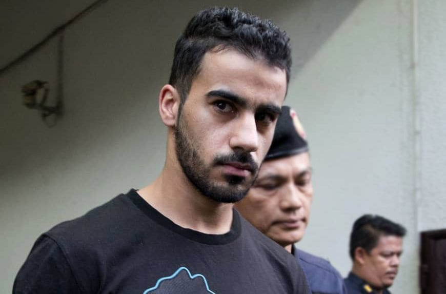 Criminal Court agrees to consider extradition of Bahraini footballer | The Thaiger