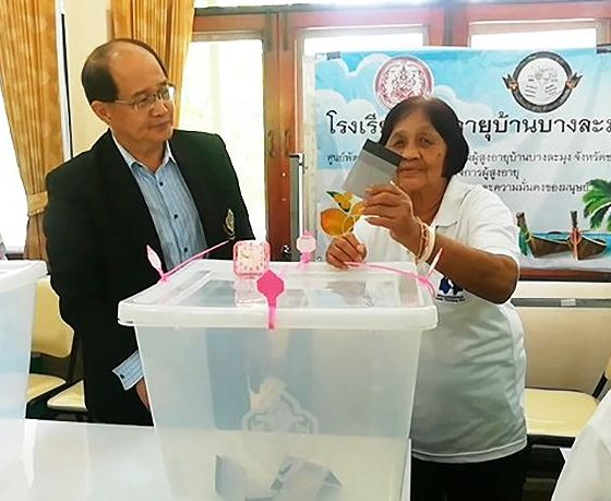 EC claims yesterday's ballots are safe and secure | The Thaiger